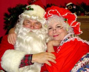 santa-and-mrs-claus